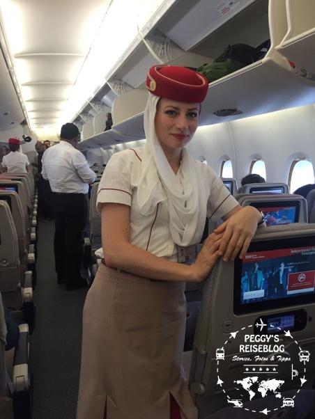 Vielen Dank an diese Stewardess für das Foto. Das Foto durften wir machen:-)
